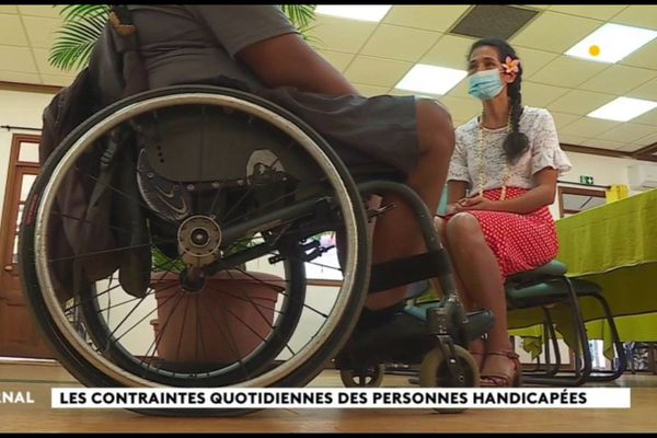 Le manque d'infrastructures adaptées et l'incivisme compliquent la vie des handicapés