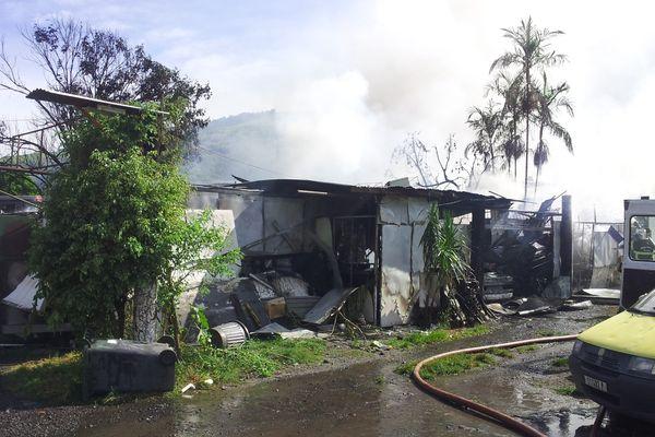 incendie Paea