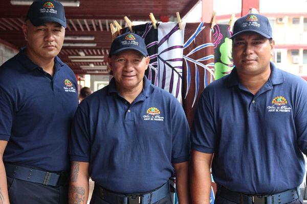 Gardiens marché de Papeete