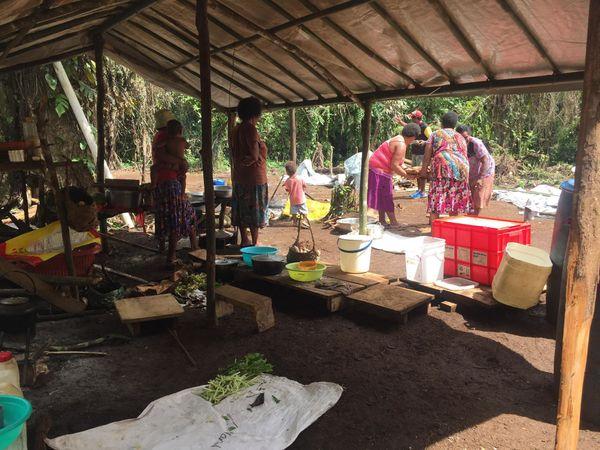 Vanuatu réfugiés d'Ambaé à Santo
