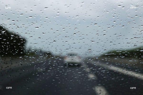 Pluie route circulation