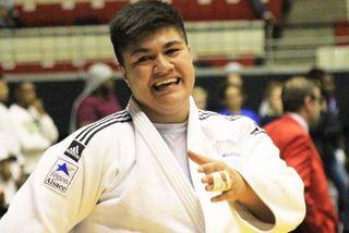Julia Tolofua s'entraîne pour le tournoi de Paris.