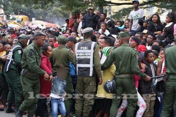 Bousculade à l'entrée du stade d'Antananarivo