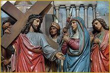 Jésus qui suit son chemin de croix le vendredi saint (image d'illustration).