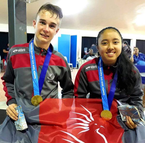 Samoa 2019, Ronan Aubry et Lorie La, médaillés d'or du tennis de table en double mixte.