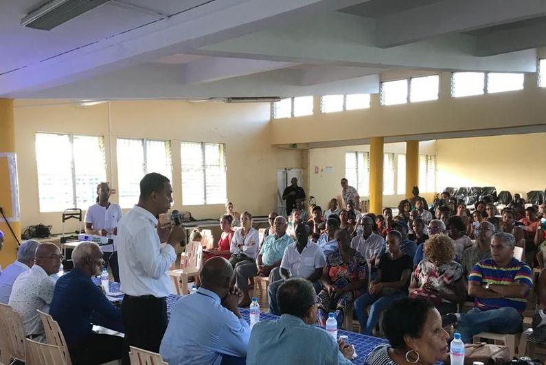 Ecole de la Rosière : Les parents d'élèves se battent contre un projet de construction commerciale