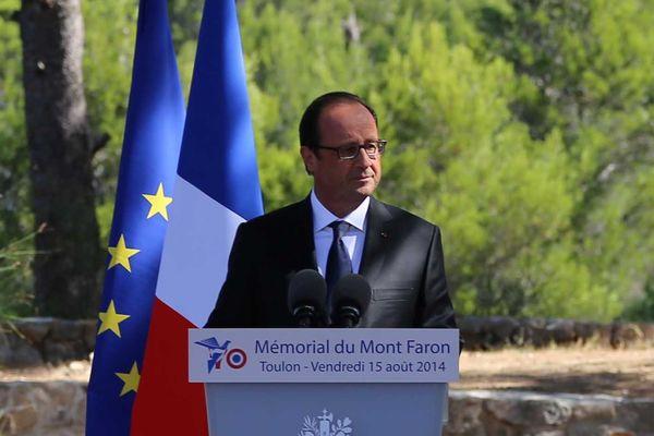 François Hollande au Mont-Faron le 15 août 2014