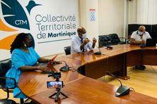 """Lancement officiel du projet de """"Conservatoire de Musique et d'Arts de Martinique"""" à la CTM. (De gauche à droite : Michelle Monrose, présidente de la commission culture, art et patrimoine - Serge Letchimy, PCE - l'artiste Ronald Tulle, coordinateur du projet)."""