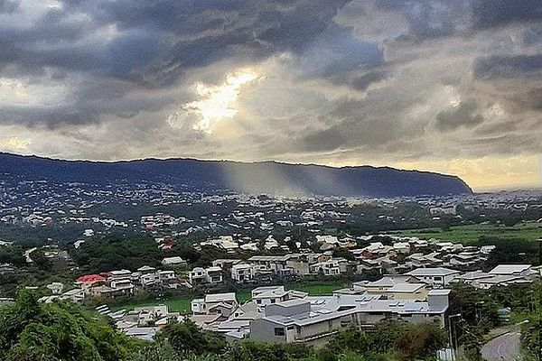 Saint-Denis sous les nuages, vendredi 3 avril 2020