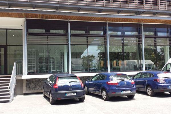 Perquisitions Régions voitures brigade financière