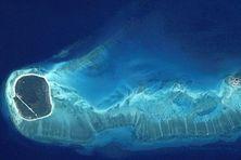 Les îles Glorieuses qui font partie des îles Eparses...(photo prise le 3 août 2003)