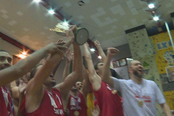 Basket-ball : 3ème sacre pour les Saint-Paulois et 9ème titre consécutif pour les Tamponnaises