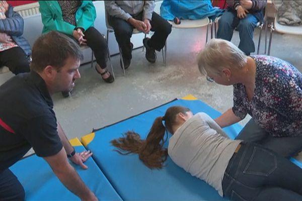 Semaine bleue : Les ainés de Miquelon profitent de l'évènement pour découvrir la caserne des pompiers