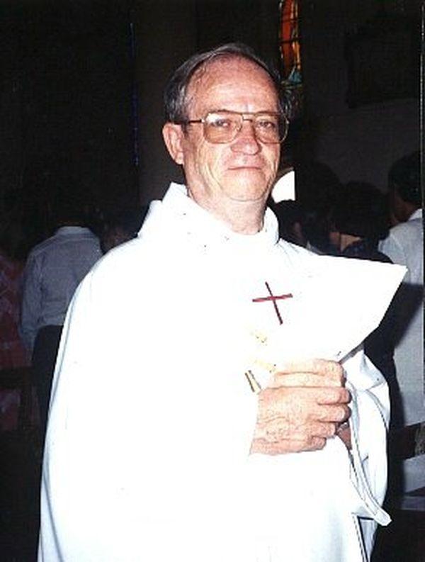 Père Denis Jacquin paroisse de Saint-Jean-Baptiste Nouméa
