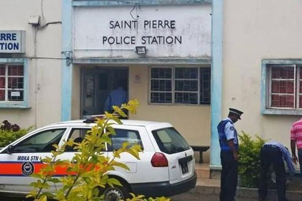 gaz toxique à Saint-Pierre (île Maurice)