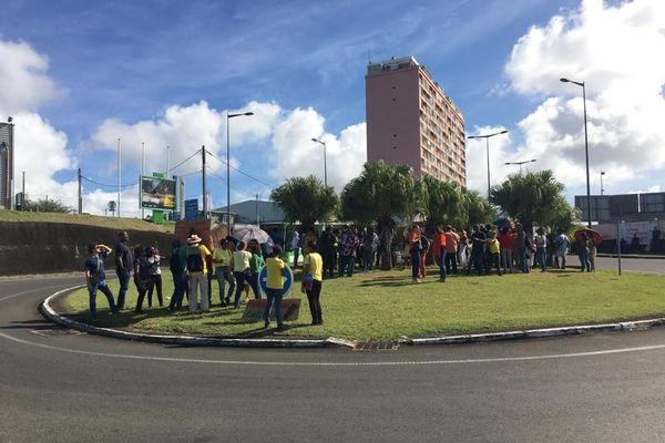 Manifestation syndicale éducation syndicale Rond Point de la Pointe des Nègres