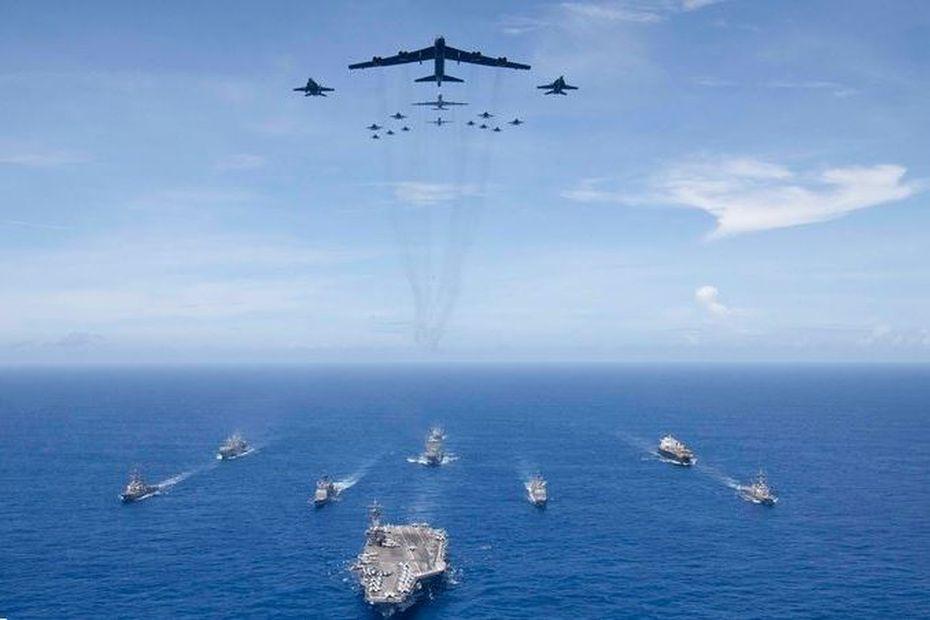 Donald Trump envoie des navires de guerre dans la Caraïbe - Martinique la 1ère