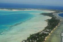 Sur l'atoll de Tarawa, le point culminant se situe à 3 mètre d'altitude.