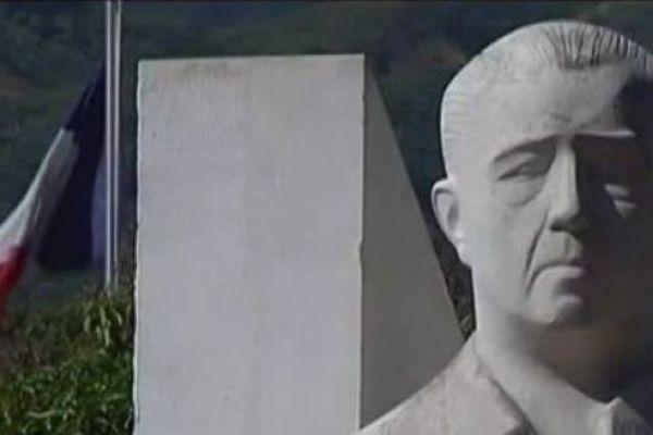 Stèle Pouvana'a a Oopa
