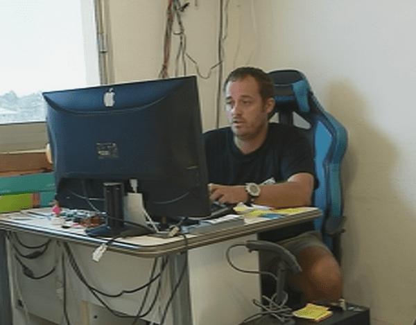 François Rouxel, commerçant en informatique