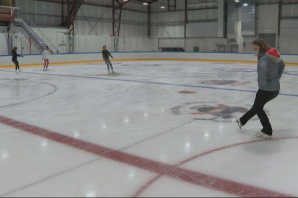 Lucie Lohli rempile pour une troisième saison au sein du club de patinage sur glace de Saint-Pierre