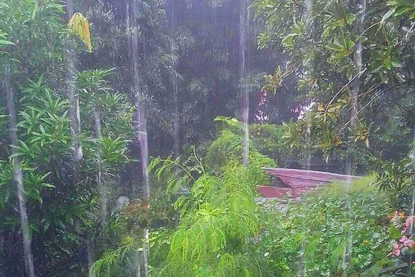 Pluie sur Piton-Sainte-Rose
