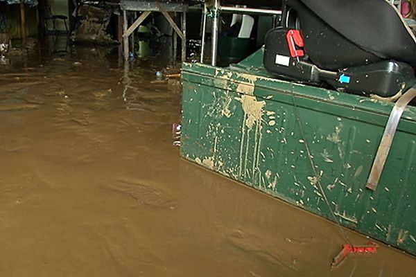 La boue a tout envahi.