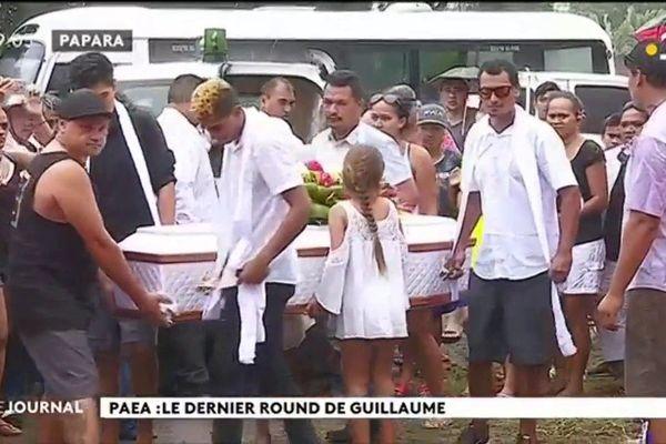 Les amis boxeurs de GUILLAUME lui rendent un dernier hommage à PAEA