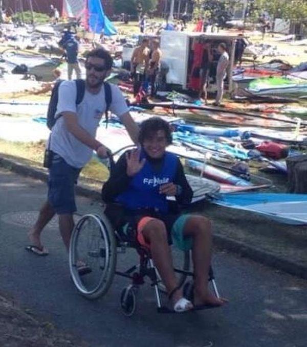 Nathan Doom handicapé par une blessure au pied