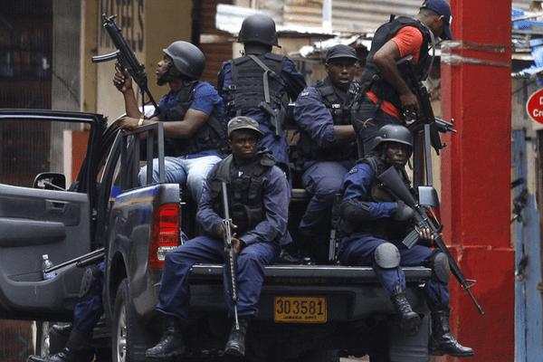 Jamaïque police