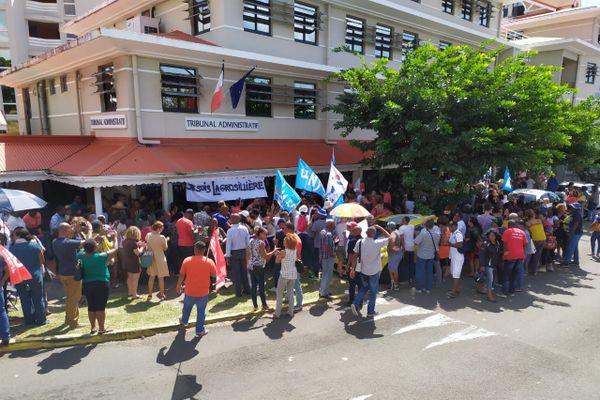 Manifestation  du personnel de l'Education national tribunal administratif de Fort de France