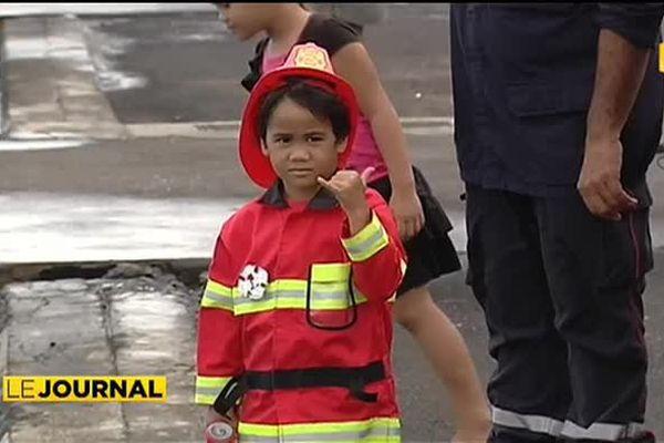 Les pompiers font leur show