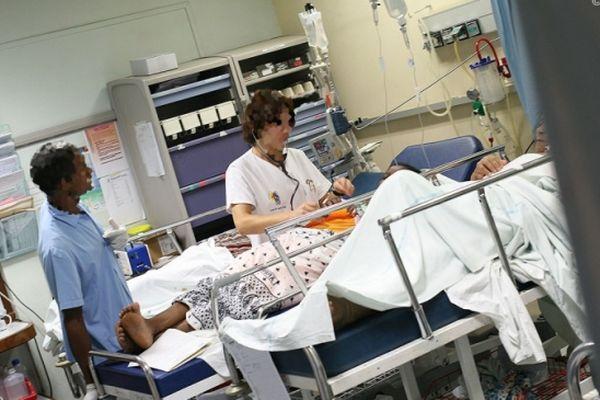 Infirmier opération bloc opératoire hopital