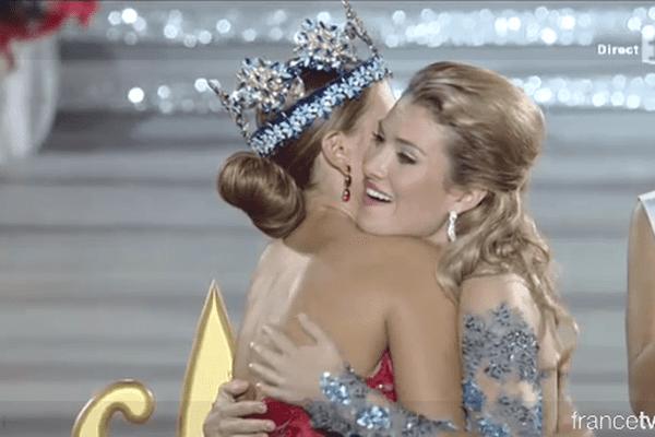 Miss Espagne sacrée Miss Monde 2015