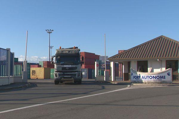 Dossier usine du Sud : le port autonome enfin et vraiment débloqué, jeudi en fin de journée.