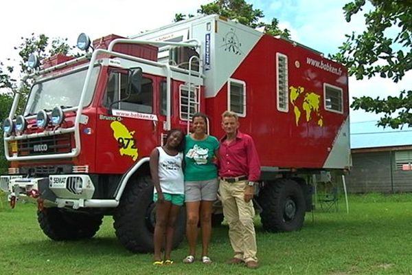 tour du monde camion de pompiers