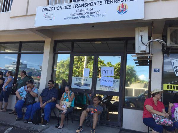 Transports Terrestres en grève