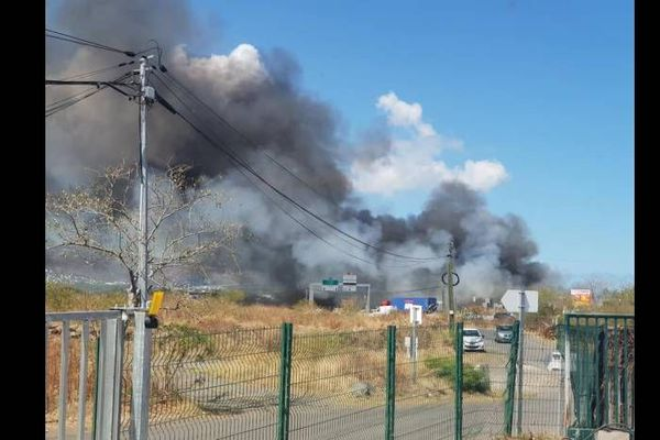 Incendie entrepôt Cambaie
