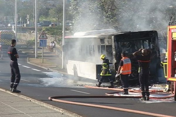 Incendie bus