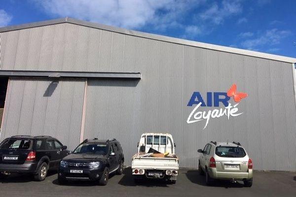 Piquet de grève devant le hangar, Air loyauté, 1er septembre 2020