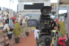 Caméra filmant toutes les arrivées du Grand Raid à La Redoute