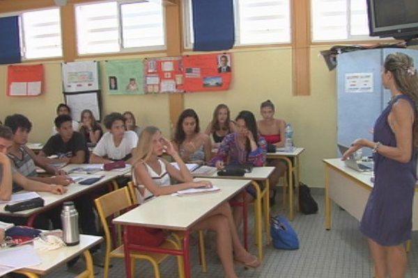 Lycée Gaguin : après l'hommage, la réflexion contre la tyrannie