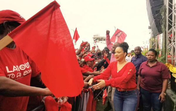 La Dominique Melissa Skerrit en campagne