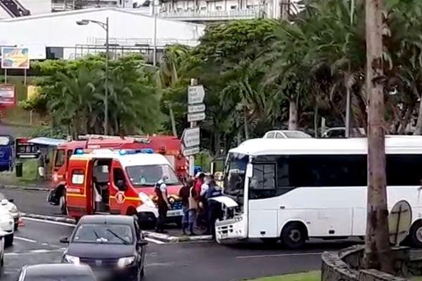 Accident bus et vhl