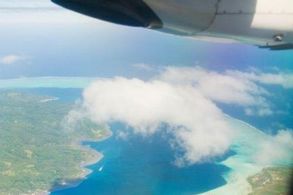 Vue d'avion de la Polynésie
