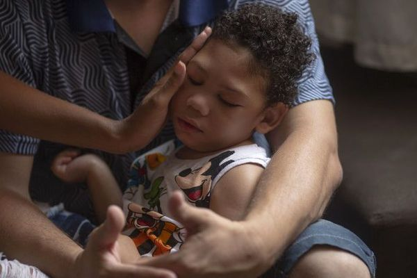 Matheus Silva, deux ans, un enfant du zika