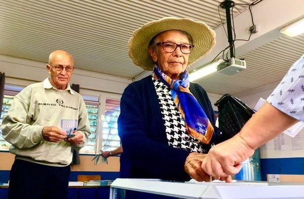 elections européennes scrutin bureaux de vote femmes 260519