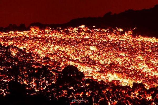 Volcan une 12 février 2020