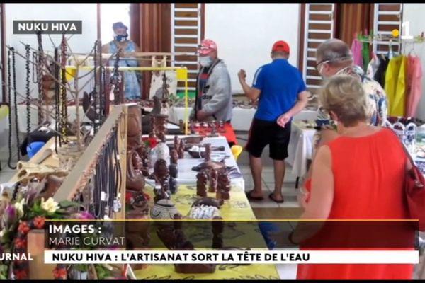 Les artisans de Nuku Hiva comptent sur la clientèle touristique locale