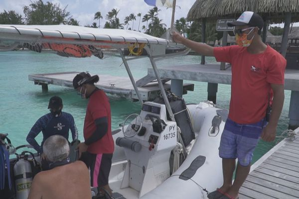 salon tourisme virtuel / bateau plongée